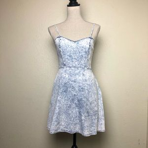 Forever 21 Denim Light Wash Dress Small